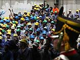20061017223233-peron-trabajadores.jpg