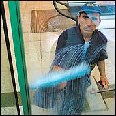 20070613185517-trabajador.jpg