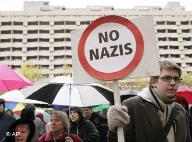 20070922014739-nazis.jpg