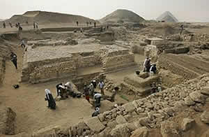 20081114161820-piramides.jpg