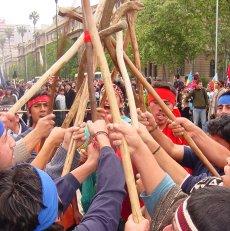 20091005031124-mapuches.jpg
