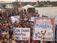 Chilotes clamaron por el Puente