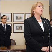 Presidenta Bachelet acusa pérdida de confianza en el Gobierno argentino