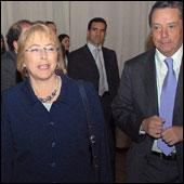 """Bachelet afirma que un Estado sin protección social se convierte en un """"Estado de derecha"""""""
