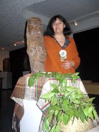 La identidad mapuche en versos y esculturas