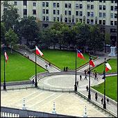 La derecha quiere levantar monumento a Pinochet en la Plaza de la Constitución