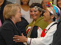 Gobierno insiste en el reconocimiento constitucional de pueblos indígenas