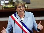 Bachelet pidió voto en el exterior ante comunidad chilena en Canadá