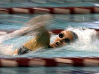 20090729203930-nadadora.jpg