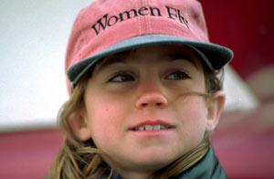 Adolescente holandesa en batalla para dar vuelta al mundo sola