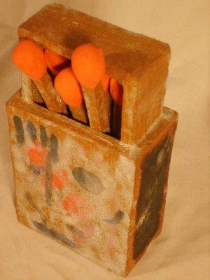 20091004055122-72-caja-de-cerillas-01-1-.jpg
