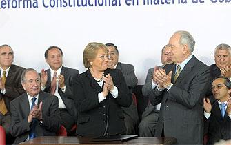Bachelet: Atrevámonos ahora a cambiar el binominal