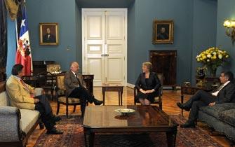 Presidenta Bachelet insiste en terminar con el binominal