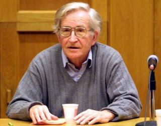 Noam Chomsky : Guerra, paz y el Nobel de Obama