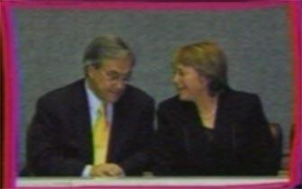 Piñera usó en su franja popularidad de Bachelet