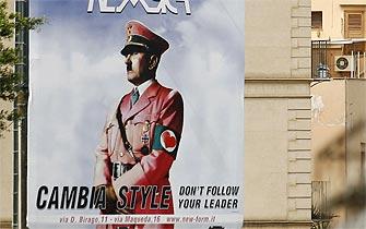 Polémica en Italia por publicidad con Hitler vestido de rosado
