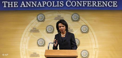 La Secretaria de Estado, Condoleezza Rice.