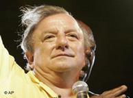 Álvaro Noboa, la opción neoliberal.