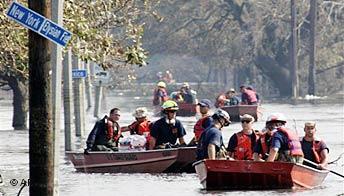 Botes de rescate en Nueva Orleans tras el huracán Katrina.